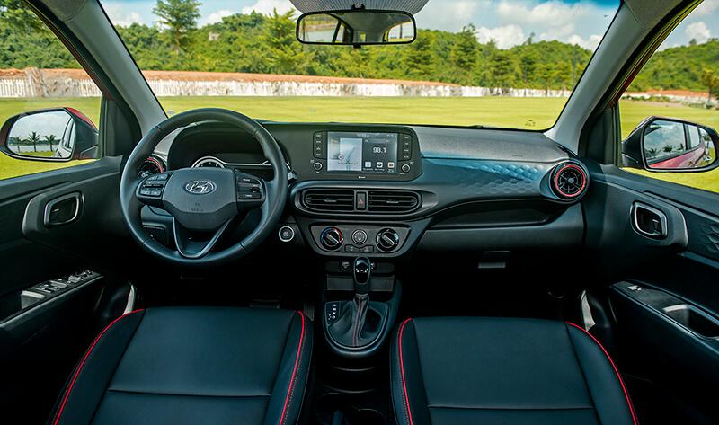 Nội thất xe New Hyundai Grand i10 Hatchback 2021