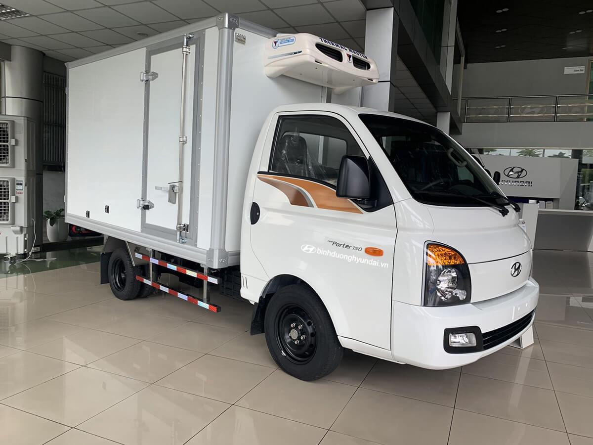 Hyundai Porter H150 thùng đông lạnh